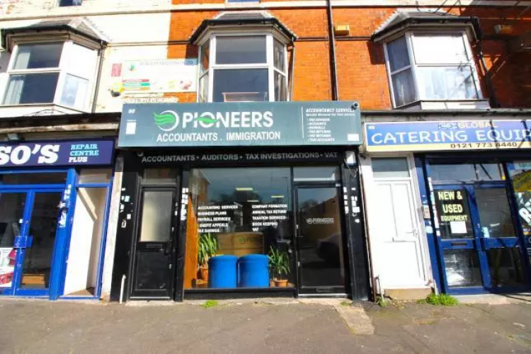 commercial, shop, office, retail, accountants, A1, Stratford road, Sparkhill, B11, lettings,